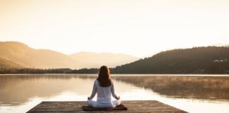 successful women meditation